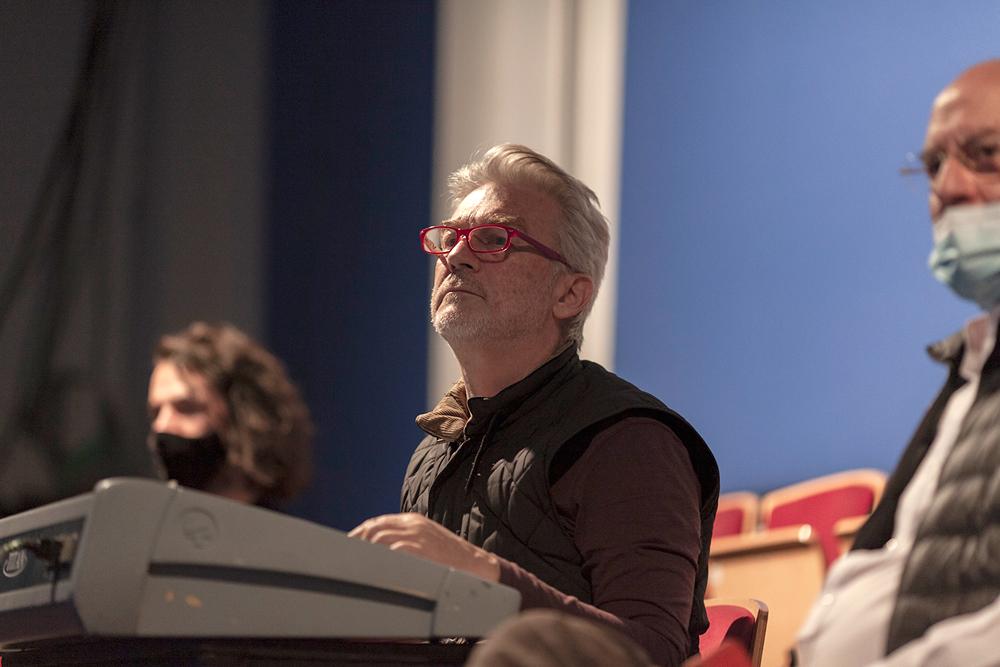 """Jaroslaw Bielski presenta el libro """"Acciones Concomitantes. Un método para la actuación teatral""""   S07nov"""